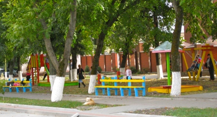 In the span of one day this little playground & benches were installed across the street from my apartment. They made that section of street a pedestrian street in August, and I'm glad there is now a safe place for kids to play. I can hear laughing, yelling, & playing from my apartment on sunny days.