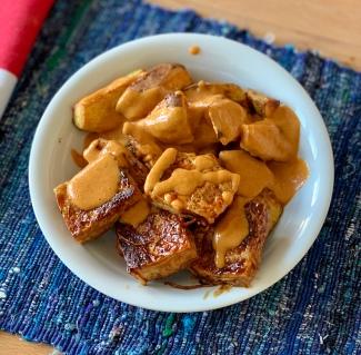 Crispy tofu + peanut sauce